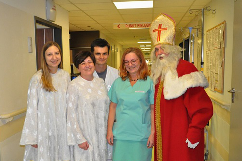 Spotkanie Mikołajkowo-Świąteczne w Szpitalu Rydygiera